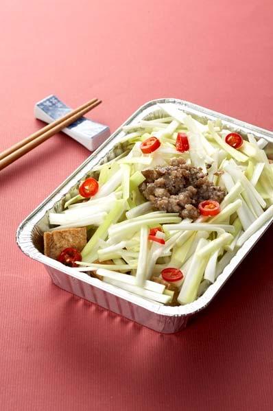 韭黃燒油豆腐